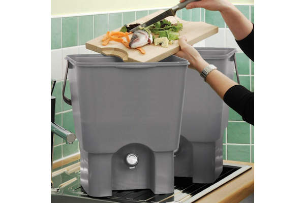 Bokashi Kitchen Composting System